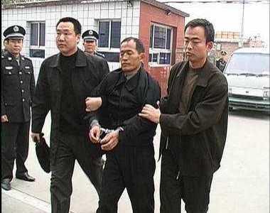 中国好声音丁丁照片 江若琳走光照露卫生巾 杨新海案件纪实