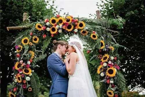 属马人的婚姻与命运如何90年属马婚姻状况揭秘 1990年女属马婚姻命运