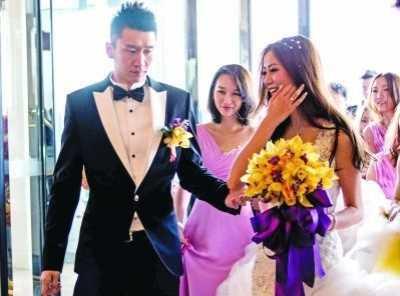 自曝妻子狂追自己三年 孙悦婚礼