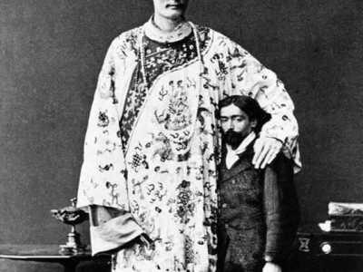 原来世界上最高的人是他 世界最高人