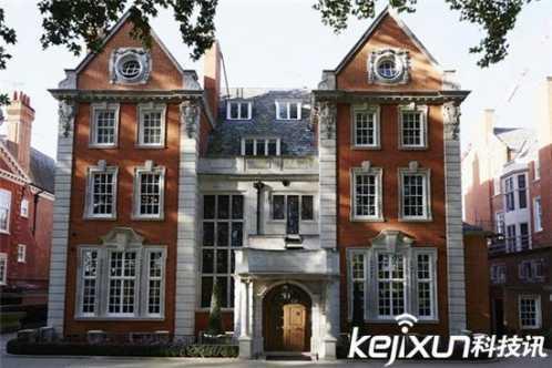 身价23亿英镑的sophia 英国最富小公主