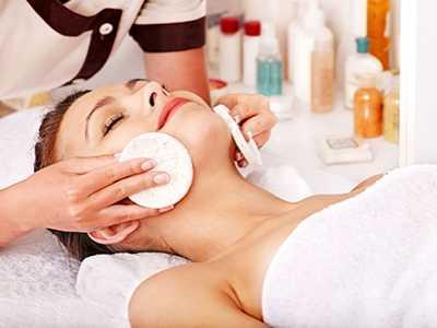 新手美容师必学的初级手法和基础练习手操 新手学美容多久能上手