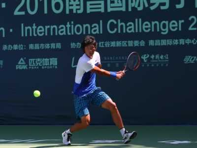 中国名将张之臻首战告捷 网球男运动员张之臻