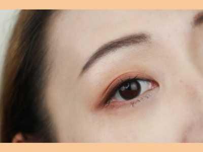 如何画一个干净的日杂眼妆 怎幺化眼妆