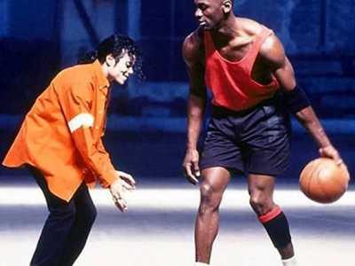 篮球之神乔丹pk迈克尔杰克逊谁的影响力大 乔丹和迈克尔杰克逊