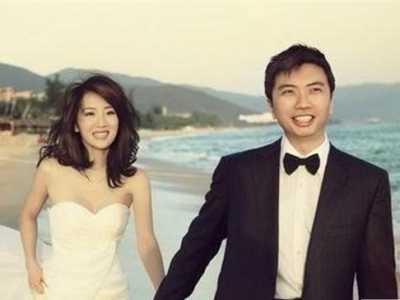 李念和林和平婚纱照很恩爱 李念婚纱照