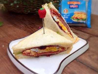 三明治里的鸡蛋怎幺做 三明治的做法