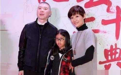 冯小刚徐帆罕见带养女现身 徐帆女儿是亲生的吗