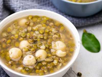 煮绿豆汤不变色的小窍门 绿豆粉加白醋
