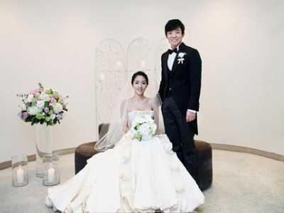 韩国演员李范秀大婚 李允珍
