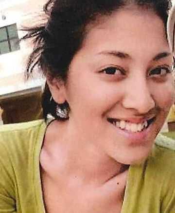 郑嘉颖拥吻小22岁港姐陈凯琳父女恋 香港小姐陈凯琳