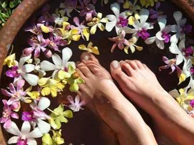 女人泡脚最好不要超过这个时间 用热水泡脚能美容吗