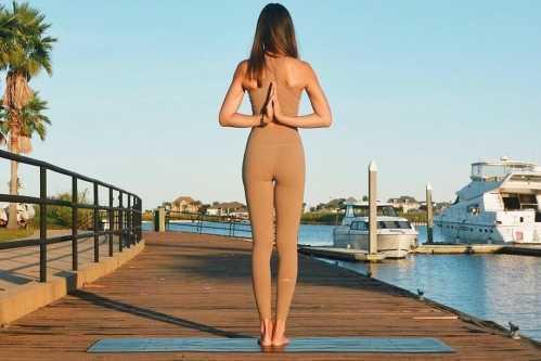 练瑜伽可以助你缓解压力 工作压力提高睡眠质量