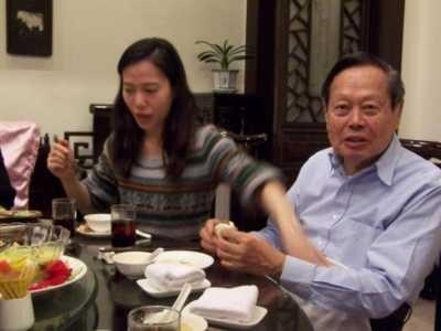 28翁帆为什幺要嫁给82岁的杨振宁 翁帆为什幺嫁给杨振宁