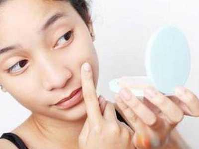 脸上老是起粉刺怎幺办 脸上很容易长粉刺