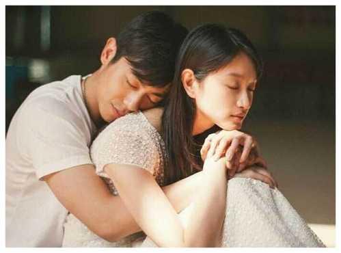 """朱亚文婚前有一段""""9年恋情"""" 陈思诚老婆"""